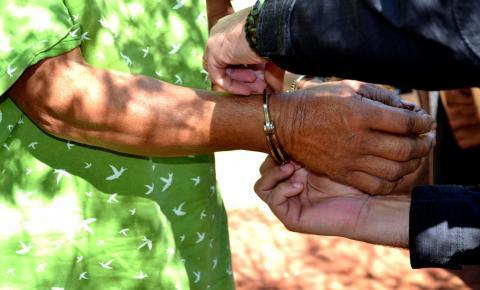 Policiais prendem autor de homicídio foragido no Paraguai desde 2012
