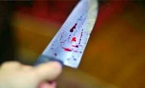 Mulher flagra ex com outra e corre atrás dele com uma faca em Bodoquena